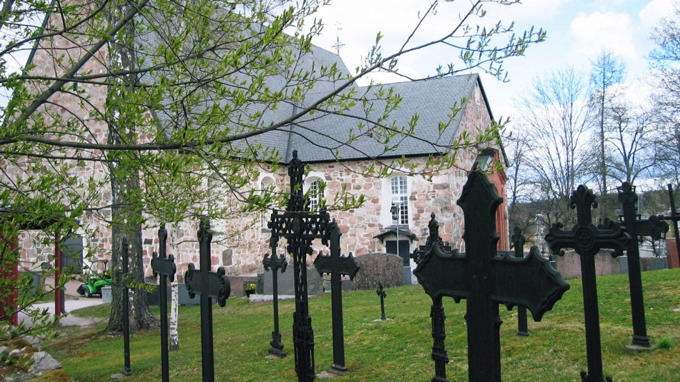 Halikon kirkko, hautausmaa