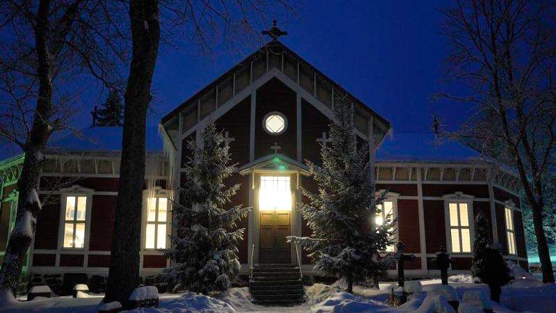 Kiskon kirkko talvella