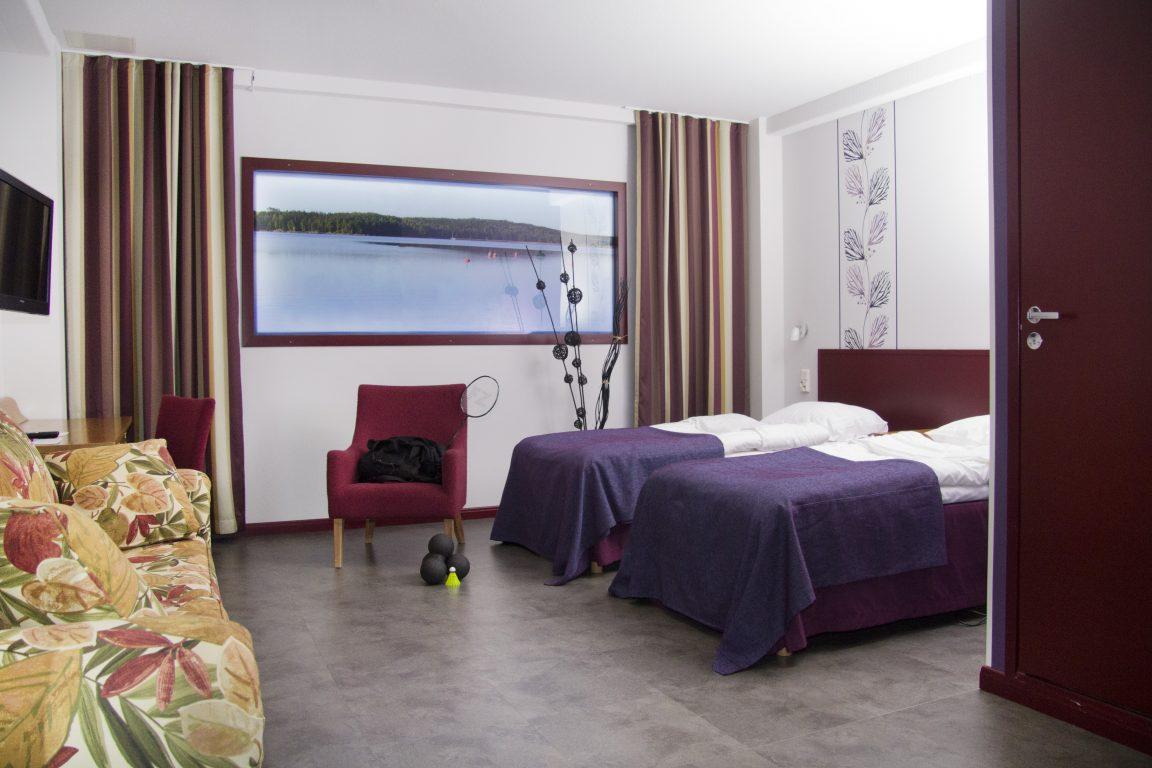 Hotel Salorasta löytyy myös ikkunattomia huoneita. Näistä huoneista on näköala suoraan maailman kauneimpaan, Suomen saaristoon!
