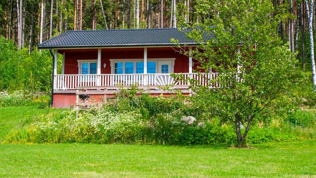 Ylöstalon lomamökit meren rannalla - www.ylostalo.fi