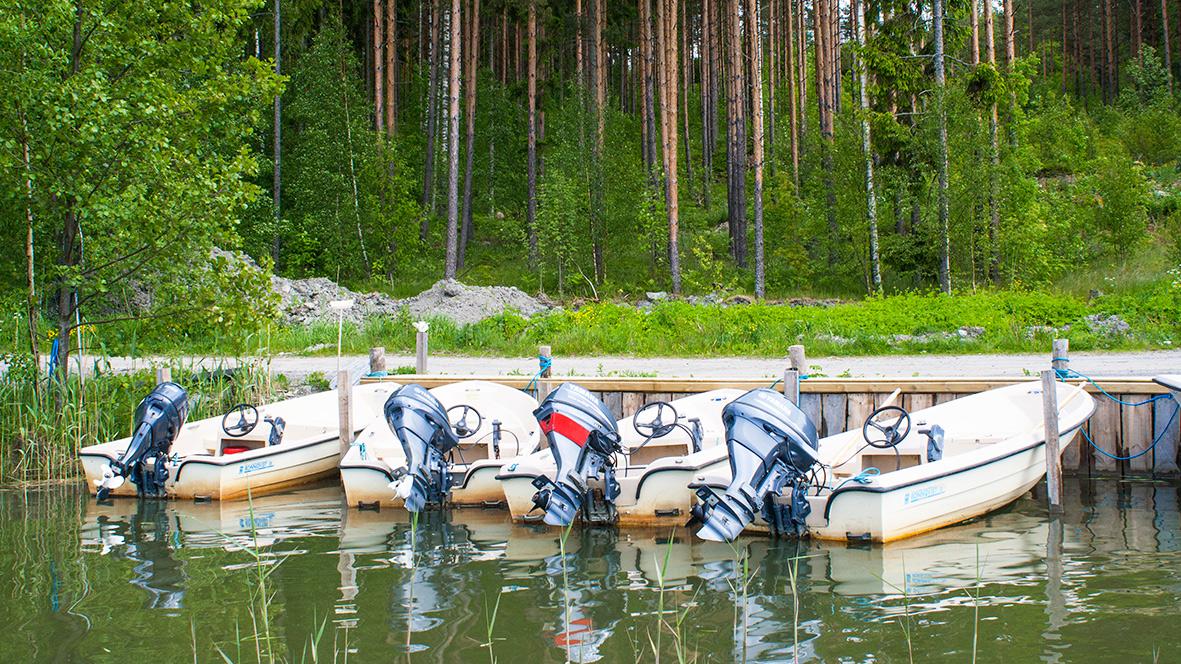 Vuokraa kalastusvene ja mökki - www.ylostalo.fi