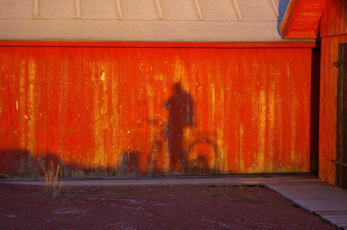 Valla Outdoors on erikoistunut opastamaan pyöräretkiä, melontaretkiä ja hiihtovaelluksia.