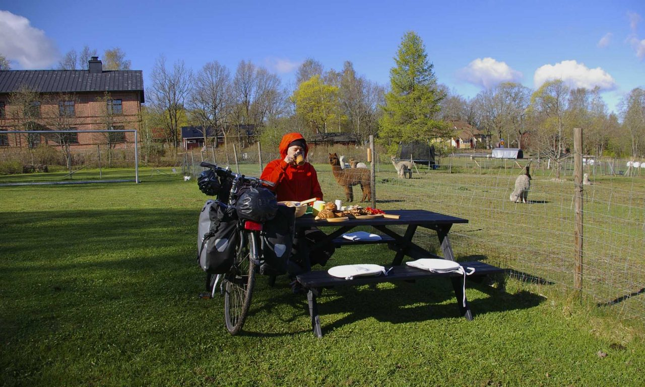 Pyörävaelluksella nautitaan luonnosta, rauhallisesta ajotahdista ja hyvästä paikallisesta ruuasta.