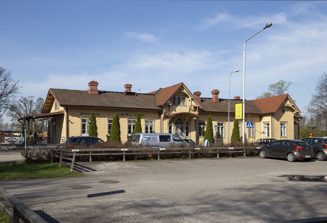 Salon rautatieasema
