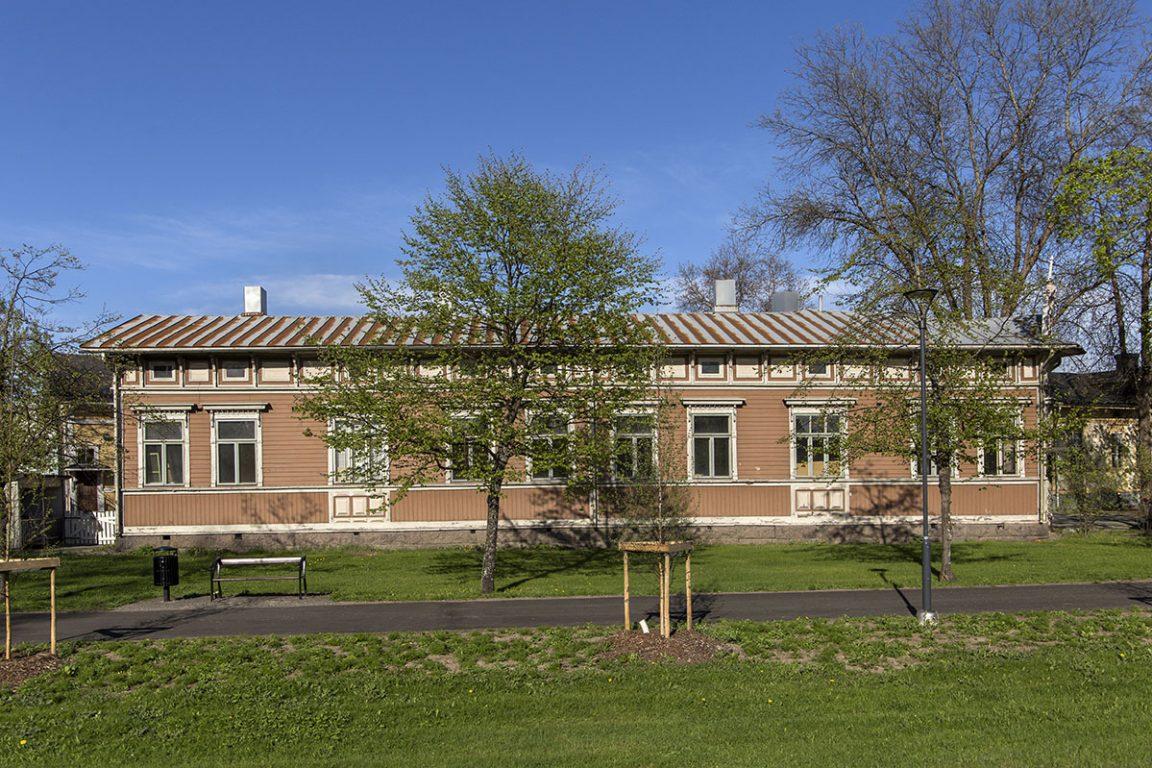 Nivaron talo