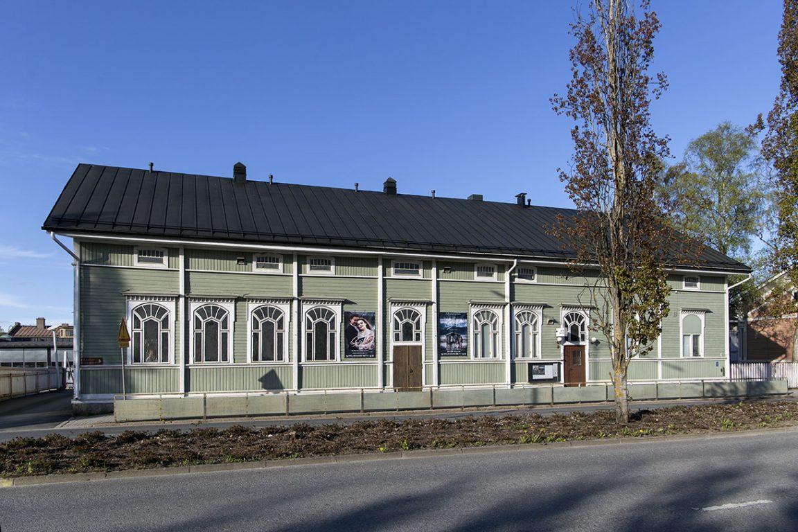 Salon teatterin rakennus