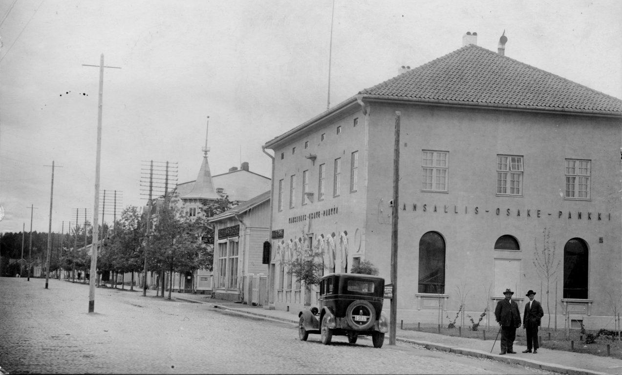 Kansallis-Osake-Pankin vanha talo